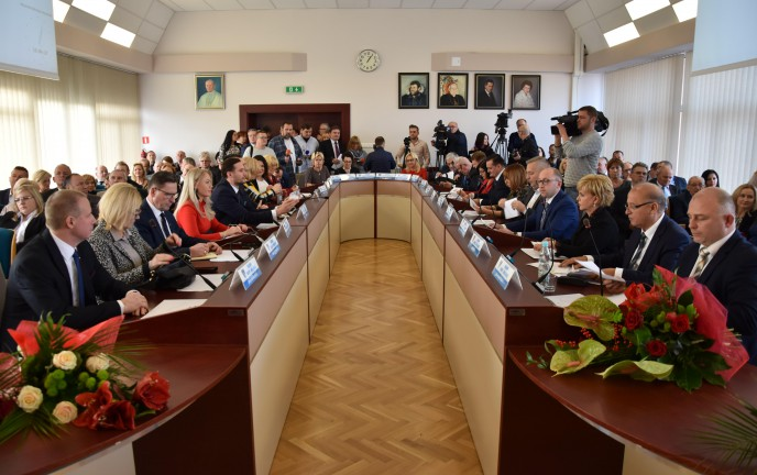 Na zdjęciu Sesja Rady Miejskiej