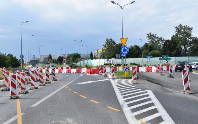 Na zdjęciu znajduje się remontowana ulica Władysława IV w Koszalinie